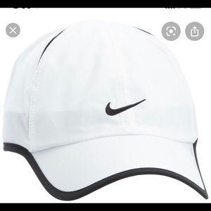 Nike white and black hat